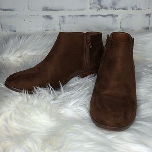 LIKE NEW Women's Faux Suede Brown Ankle Boots